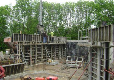 Haute construction à proximité de Gap