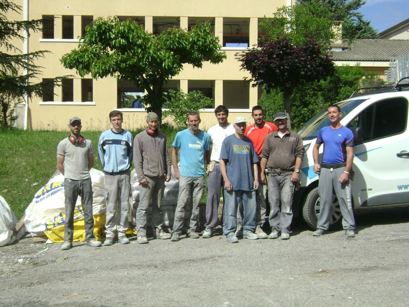 Equipe maçon-Borel Joël à proximité de Gap